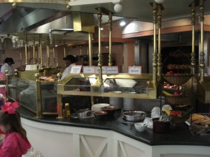 Hot Items are Identical on Both Sides of the Buffet