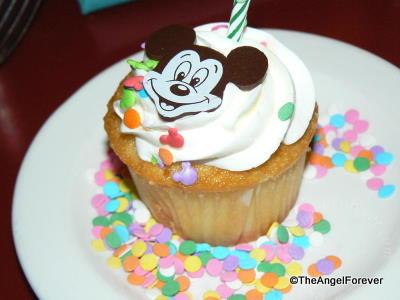 Chef Mickey, Disney's Contemporary Resort: Birthday Treat