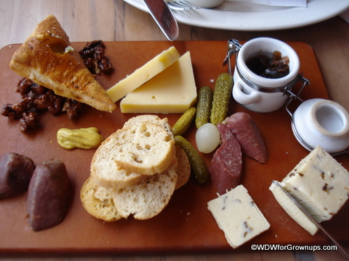 Rose and Crown Dining Room Cheese and Meat Plate