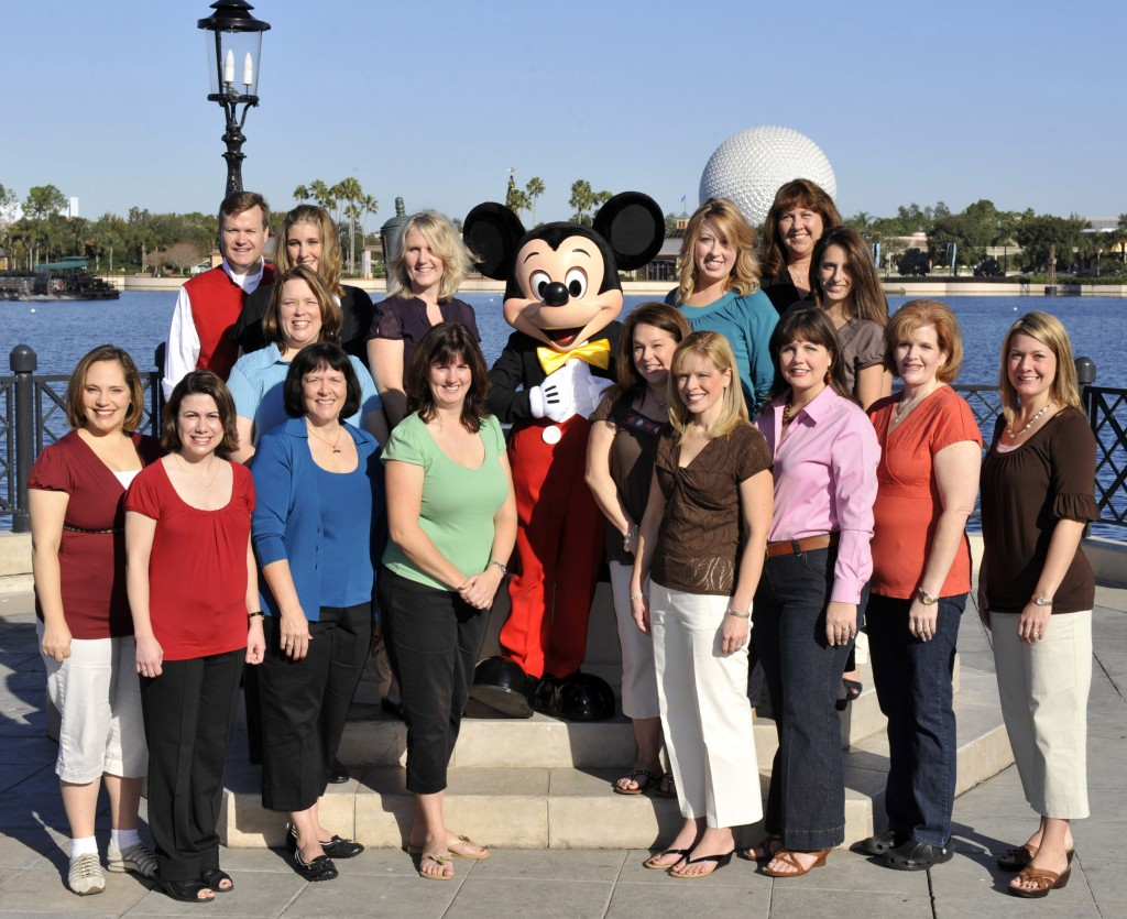 Mickey With Some 2009 Moms Panelists