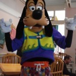 Disney Food for Families: Choosing the Right Character Meal for Your Family