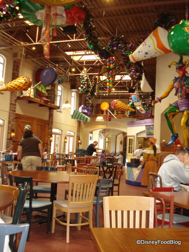 Sassagoula Floatworks Food Court Decor