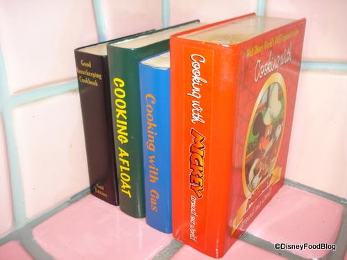 Minnie's Cookbooks