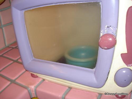 Popcorn Flies Around the Microwave