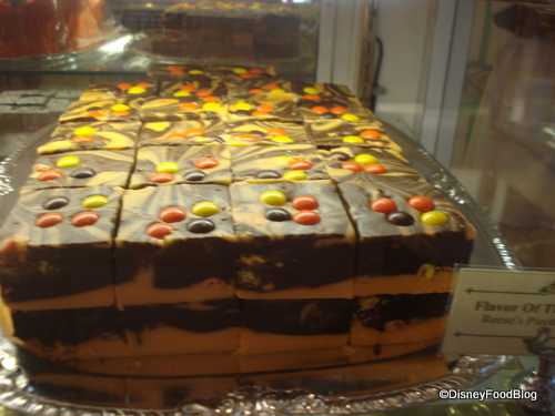 Reese's Pieces Fudge for Halloween