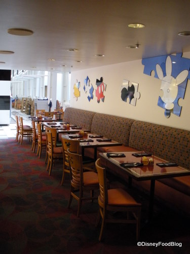 Chef Mickey's Seating