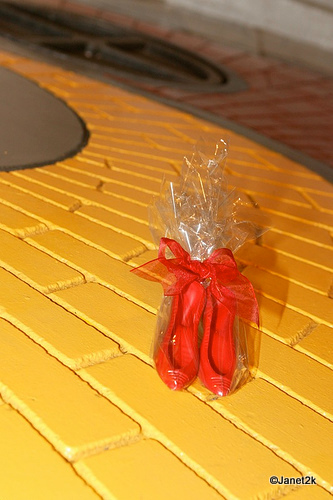 Edible Ruby Slippers Party Favor
