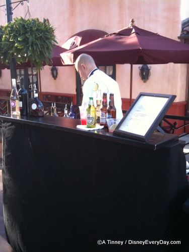Brown Derby Bar Outside the Restaurant