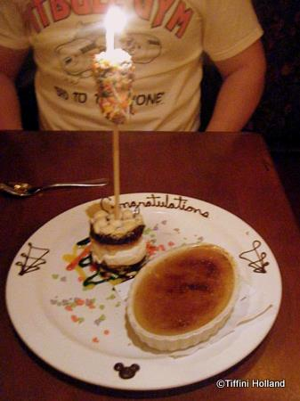 Le Cellier Honeymoon Dessert Presentation