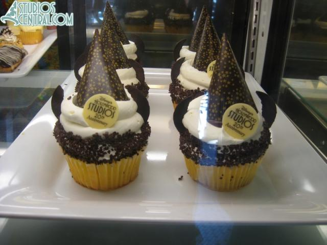 Disney's Hollywood Studios' 20th Anniversary Cupcake