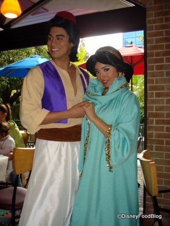 Aladdin and Jasmine at Goofy's Kitchen