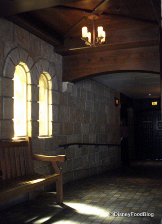 Le Cellier Entryway