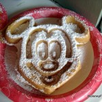 "Try It! The Magic Kingdom ""I Heart Mickey"" Snack Crawl"