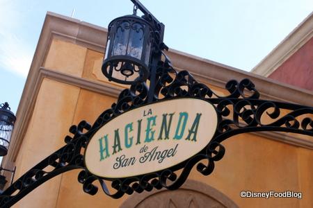 Hacienda-sign