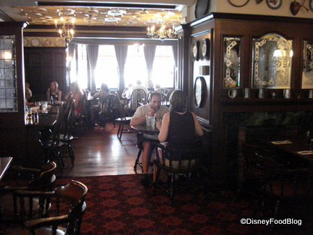 rose and crown dining room | Rose and Crown Review | the disney food blog