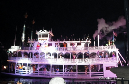 Fantasmic Finale at Disneyland