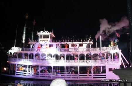 Fantasmic Finale at Disneyland