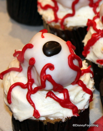 new halloween cupcakes at mickeys not so scary halloween party - Scary Halloween Cupcake Ideas