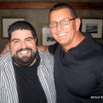 Chef Robert Irvine Meets Up With Fans in Disney World!