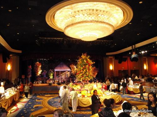 Dining In Disneyland Disneyland Hotel Thanksgiving Feast