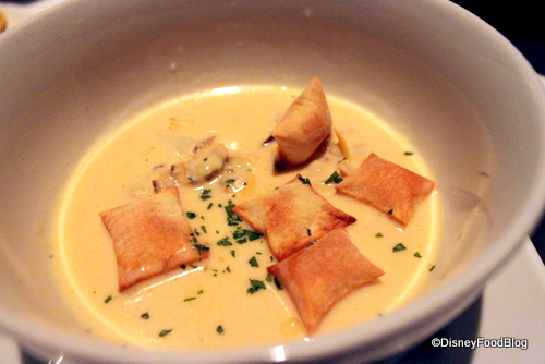 Clam Chowder at bluezoo