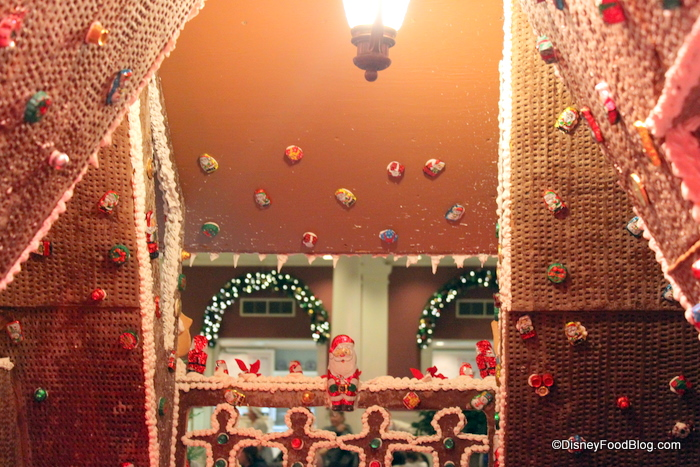 Gingerbread Displays At Disney World 2010, Part 2 | the ...
