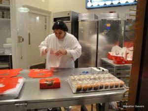 Mini Cupcake Sampler Assembly