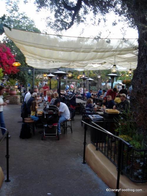 Outdoor seating at Rancho del Zocalo