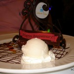 Disney Food Pics of the Week: Anniversary Desserts