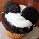 Snack Series: Oreo Bon Bon Cupcake and Peanut Butter Cupcake