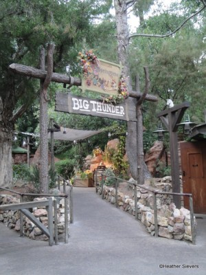 Big Thunder Ranch Dining Entrance