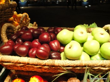 Plums & Granny Smith Apples