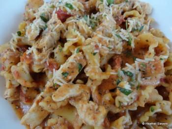 Chicken Sun Dried Tomato Pasta Close Up