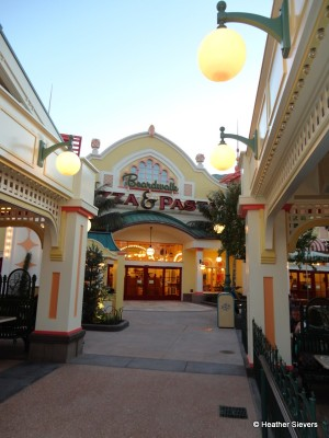 Boardwalk Pizza & Pasta Entrance