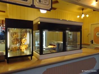 Bayside Brews Pretzels & Pretzel Oven