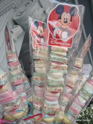 Mickey Marshmallow Sticks (I so wanted one of these)
