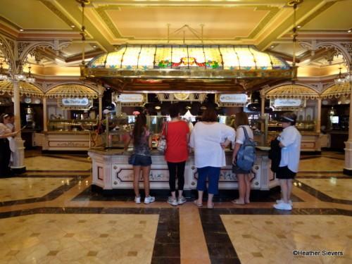 Plaza Inn Buffet/Ordering Area