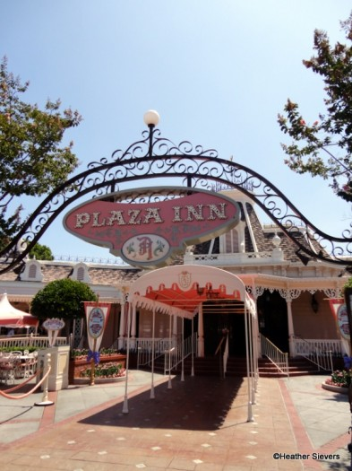 Plaza Inn entrance