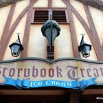 Snack Series: Fudge Brownie and Strawberry Shortcake Sundaes at Storybook Treats
