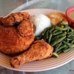 Review: Disneyland's Plaza Inn (Fried Chicken!)