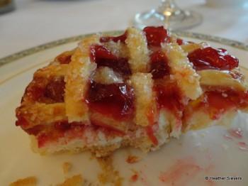 Mini Cherry Pie Cross Section