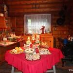 Christmas in Disneyland: Santa's Cabin & Storytellers Cafe Gingerbread House