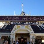 Dining in Disneyland: Jolly Holiday's Lemon Meringue Bar