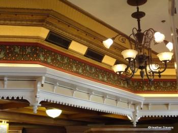 Ceiling Details & Light Fixture