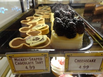 Mickey Shaped Chocolate Tart & Blackberry Cheesecake