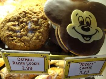 Oatmeal Raisin Cookie & Mickey Cookie