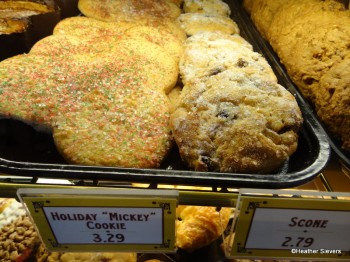 Holiday Mickey Cookie & Scone