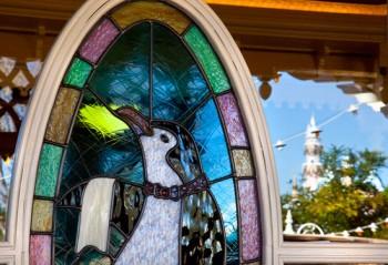 Jolly Holiday Bakery Window (c) Disney