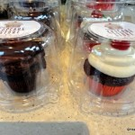 "News! ""The Cupcake Store"" Kiosk Now Open in Disneyland's Downtown Disney"