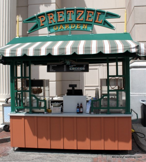 Pretzel Garden at Streets of America